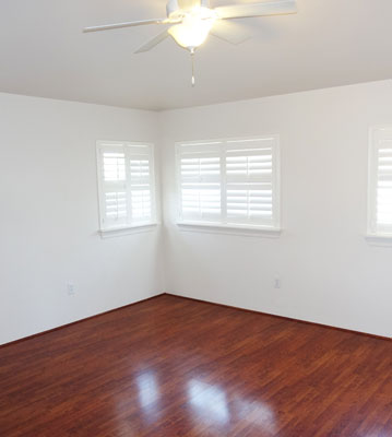 Laminate Flooring in Honolulu home. Room is empty just showcasing the floor.